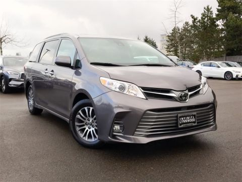 Pre-Owned 2019 Toyota Sienna XLE