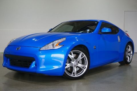 Pre-Owned 2009 Nissan 370Z Touring